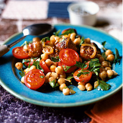 chorizo-tomato-and-chickpea-salad_article_banner_img